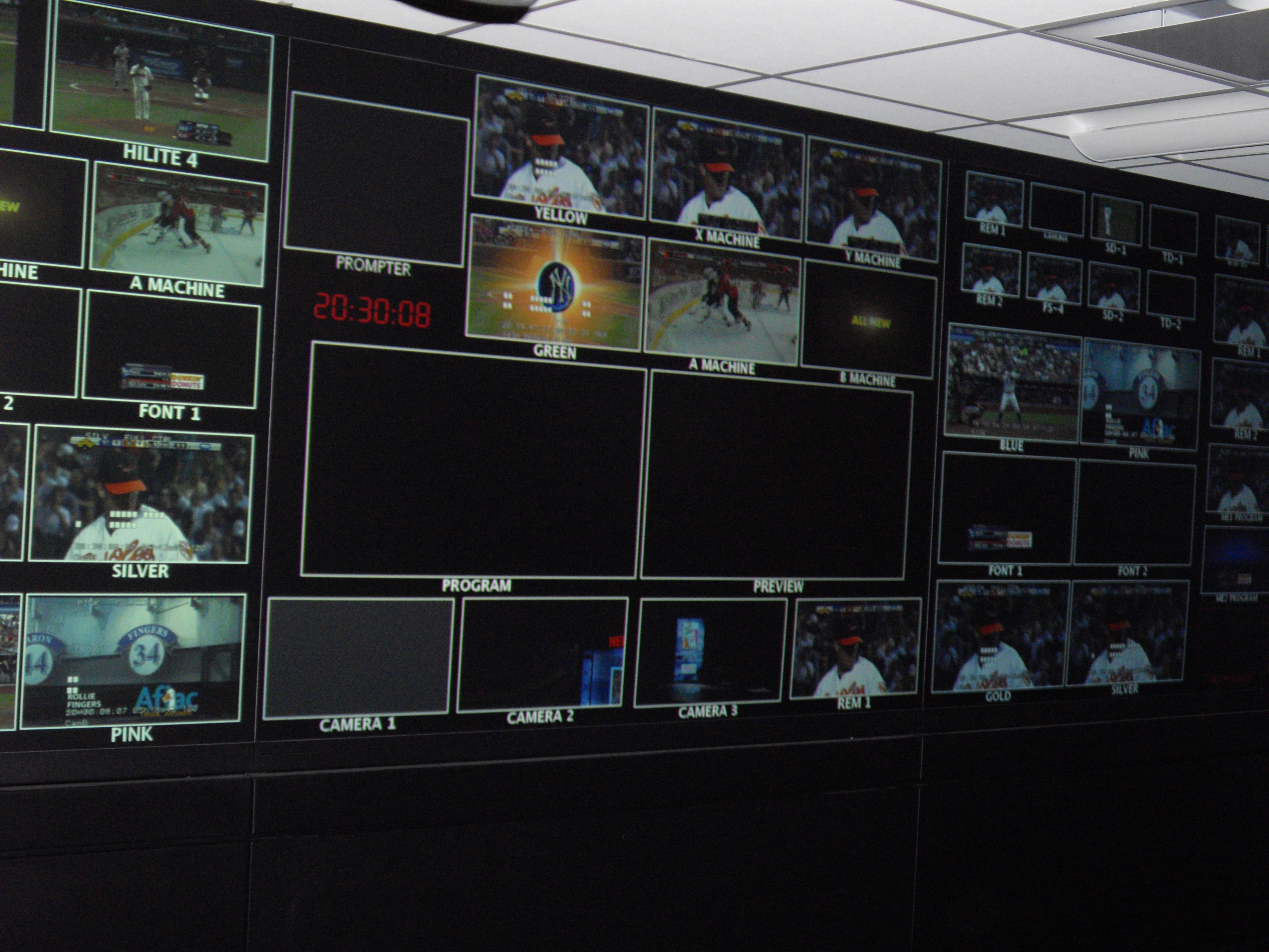 Brilliant TV Control Room Monitors 4000 x 3000 · 1674 kB · jpeg